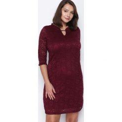 Bordowa Sukienka My Type. Czerwone sukienki hiszpanki Born2be, midi. Za 59,99 zł.