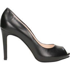 Czółenka OLIVIA. Niebieskie buty ślubne damskie Gino Rossi, ze skóry, na wysokim obcasie. Za 249,90 zł.