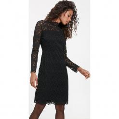 Koronkowa sukienka ze stójką. Niebieskie sukienki koktajlowe marki ARTENGO, z elastanu, ze stójką. Za 399,00 zł.