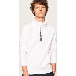 Bluza z kominem - Biały. Białe bluzy męskie rozpinane Reserved, l. Za 99,99 zł.