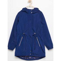 Parka z kapturem - Granatowy. Brązowe kurtki dziewczęce marki Reserved, l, z kapturem. Za 299,99 zł.
