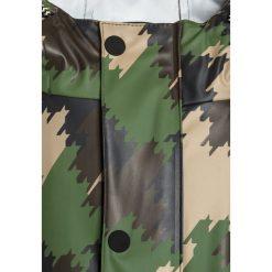 Scotch Shrunk RAIN Kurtka przeciwdeszczowa oliv. Zielone kurtki chłopięce przeciwdeszczowe marki Scotch Shrunk, z materiału. W wyprzedaży za 252,85 zł.
