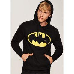 Bluza z nadrukiem Batman - Czarny. Białe bluzy męskie rozpinane marki Cropp, l. Za 119,99 zł.