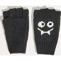 Rękawiczki bez palców - Czarny. Czarne rękawiczki damskie Sinsay. Za 19,99 zł.