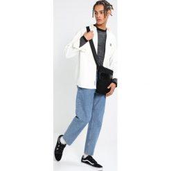 Swetry męskie: Jack & Jones JCOMAIZE CREW NECK Sweter dark grey