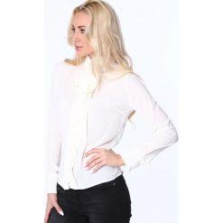 Koszula z żabotem i wiązaniem kremowa MP26010. Białe koszule wiązane damskie Fasardi, m, z żabotem. Za 63,20 zł.