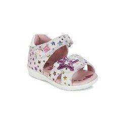 Sandały Dziecko  Agatha Ruiz de la Prada  BABY SWEET. Białe sandały dziewczęce marki Born2be, z materiału, na sznurówki. Za 231,20 zł.