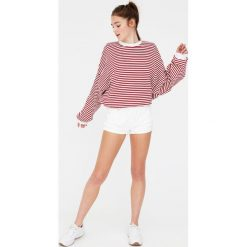 Bluzy damskie: Bluza w paski z kontrastowymi detalami