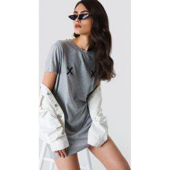 NA-KD Sukienka T-shirt Double X - Grey. Szare sukienki na komunię NA-KD. Za 80,95 zł.