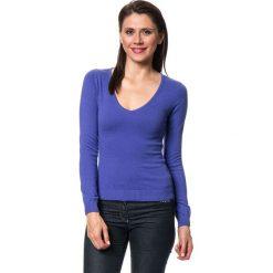Swetry klasyczne damskie: Sweter w kolorze fioletowym
