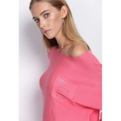 Różowy Sweter Another Ride. Czerwone swetry klasyczne damskie marki Born2be, l. Za 79,99 zł.