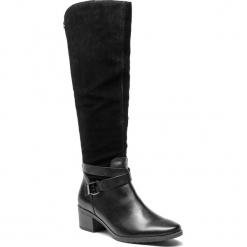 Kozaki CAPRICE - 9-25609-21 Black Comb 019. Czarne buty zimowe damskie Caprice, ze skóry, przed kolano, na wysokim obcasie. W wyprzedaży za 379,00 zł.