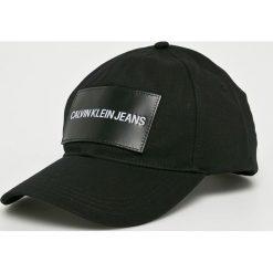 Calvin Klein Jeans - Czapka. Czarne czapki z daszkiem męskie Calvin Klein Jeans, z bawełny. Za 159,90 zł.