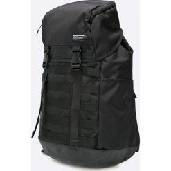 Nike Sportswear - Plecak AF1. Różowe plecaki męskie marki Nike Sportswear, l, z nylonu, z okrągłym kołnierzem. W wyprzedaży za 199,90 zł.