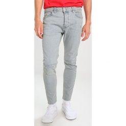 Topman NECKER RIP REPAIR Jeansy Slim Fit blue. Niebieskie jeansy męskie Topman. Za 249,00 zł.