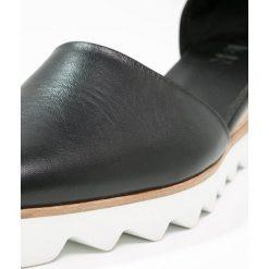 Buty ślubne damskie: Zign Czółenka na platformie black