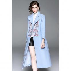 Płaszcz w kolorze jasnoniebieskim. Niebieskie płaszcze damskie marki Zeraco. W wyprzedaży za 419,95 zł.