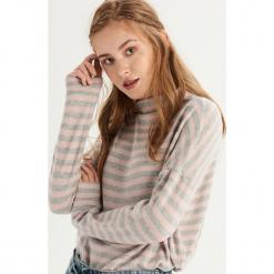 Sweter oversize z półgolfem - Wielobarwn. Szare swetry oversize damskie Sinsay, l. Za 49,99 zł.