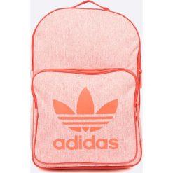 Adidas Originals - Plecak. Różowe plecaki damskie adidas Originals. W wyprzedaży za 119,90 zł.