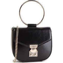 Torebka GUESS - HWVG71 85730 BLA. Czarne torebki klasyczne damskie marki Guess, z aplikacjami, ze skóry ekologicznej. Za 449,00 zł.
