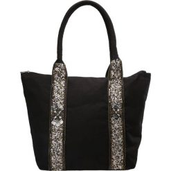 New Look SEQUIN STRIPE Torba na zakupy black. Czarne shopper bag damskie marki New Look, z materiału, na obcasie. Za 139,00 zł.