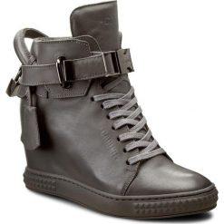 Sneakersy CARINII - B3767/NO I38-000-PSK-B88. Szare sneakersy damskie Carinii, z materiału. W wyprzedaży za 309,00 zł.