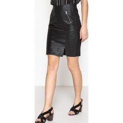 Minispódniczki: Prosta spódnica, gładka, półdługa