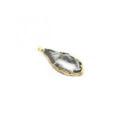 Naszyjnik Plaster Geody Agatu Naturalny złoto. Szare naszyjniki damskie Brazi druse jewelry, na imprezę, pozłacane. Za 170,00 zł.