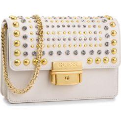 Torebka GUESS - HWSTRS L8387 IVM. Białe torebki klasyczne damskie Guess, z aplikacjami, ze skóry. Za 799,00 zł.