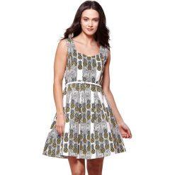 Sukienki hiszpanki: Wzorzysta sukienka z wzorem w ananasy, otwarte plecy