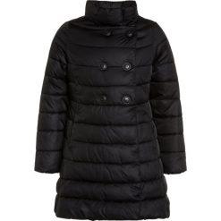 Benetton GIRL Płaszcz zimowy black. Czarne kurtki chłopięce marki Benetton, na zimę, z materiału. W wyprzedaży za 161,85 zł.