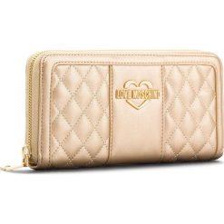 Duży Portfel Damski LOVE MOSCHINO - JC5512PP16LB0901  Oro. Żółte portfele damskie Love Moschino, ze skóry ekologicznej. W wyprzedaży za 339,00 zł.