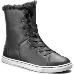 Botki UGG - W Croft Luxe Quilt 1013908  W/Blk. Czarne buty zimowe damskie Ugg, z materiału. W wyprzedaży za 409,00 zł.