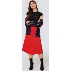 NA-KD T-shirt Lover - Black. Czarne t-shirty damskie marki NA-KD, z nadrukiem. W wyprzedaży za 51,07 zł.