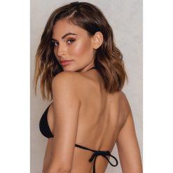 NA-KD Swimwear Góra bikini Triangle - Black. Czarne bikini NA-KD Swimwear. W wyprzedaży za 40,38 zł.