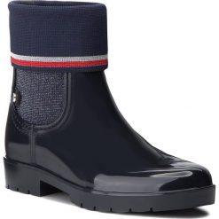 Kalosze TOMMY HILFIGER - Knitted Sock Rain Bo FW0FW03565 Midnight 403. Czarne buty zimowe damskie marki TOMMY HILFIGER, z materiału, z okrągłym noskiem, na obcasie. W wyprzedaży za 359,00 zł.