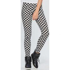 Spodnie z wysokim stanem: Spodnie high waist w kratę - Czarny