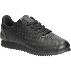Czarne buty sportowe sznurowane Casu 87-1A. Czarne buty sportowe damskie Casu. Za 59,99 zł.
