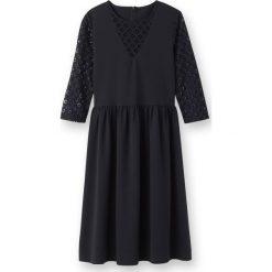 Długie sukienki: Sukienka do kolan, koronka