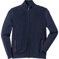 Sweter rozpinany Regular Fit bonprix ciemnoniebieski. Niebieskie kardigany męskie marki bonprix, z nadrukiem. Za 49,99 zł.