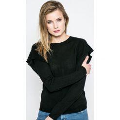 Only - Sweter Lova. Szare swetry klasyczne damskie marki ONLY, s, z bawełny, z okrągłym kołnierzem. W wyprzedaży za 49,90 zł.