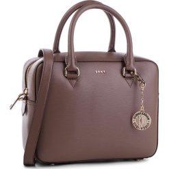 Torebka DKNY - R83D3621  Desert DES. Brązowe torebki klasyczne damskie marki ARTENGO, z materiału. Za 1109,00 zł.