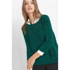 Koszulka z perełkami. Zielone t-shirty damskie Orsay, xs, z dzianiny, z klasycznym kołnierzykiem. Za 59,99 zł.
