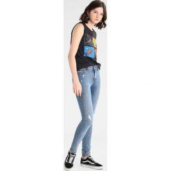 Jeansy damskie: Vero Moda VMSEVEN  Jeans Skinny Fit medium blue denim