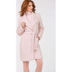 Płaszcze damskie: Wełniany płaszcz bouclé