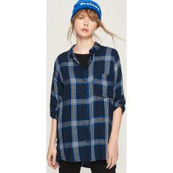 Koszula oversize w kratkę - Niebieski. Niebieskie koszule damskie w kratkę marki Sinsay, l. W wyprzedaży za 39,99 zł.