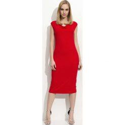 Czerwona Sukienka Midi z Lejącym Dekoltem. Białe sukienki balowe marki Molly.pl, na imprezę, na lato, s, w jednolite wzory, z bawełny, z dekoltem na plecach, mini, dopasowane. Za 78,90 zł.