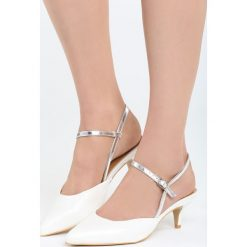Białe Sandały Be My Hero. Czarne sandały damskie marki Kazar, z nubiku, na wysokim obcasie, na szpilce. Za 69,99 zł.