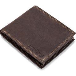 PORTFEL MĘSKI SKÓRZANY A092 - BRĄZOWY. Brązowe portfele męskie Ombre Clothing, z materiału. Za 59,00 zł.