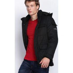 Czarna Kurtka Get Easier. Czarne kurtki męskie zimowe marki Born2be, l, z aplikacjami, z dresówki. Za 279,99 zł.